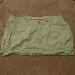 Hollister balloon skirt